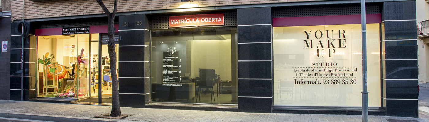 Escuela de Maquillaje Profesional - Your Make Up Studio